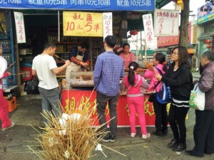 Čínske barbecue paličky sú mňamka